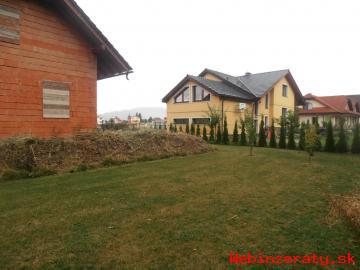 Novostavba RD v obci Batizovce, 845 m2.
