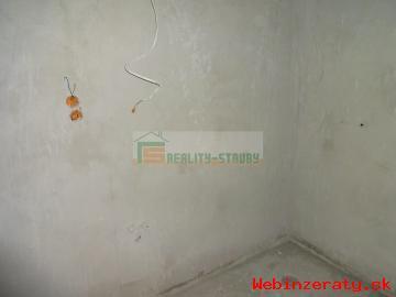 Predaj 2-izbový holobyt v Suchej Hore