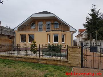 Rodinný dom v obci Šoporňa.