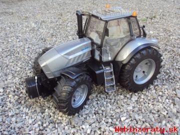 hračka traktor Lamborghini