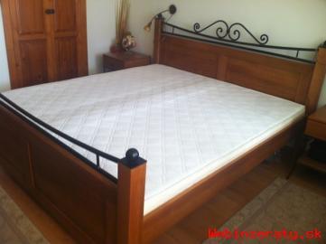 Spálňový nábytok