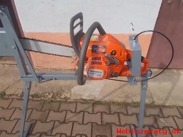 Stojan na rezanie dreva-cirkular z motor