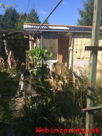 záhrada na Agátovej ul. -Dúbravka