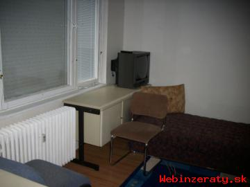 Na predaj 3,5 izbový byt v obci Utekáč