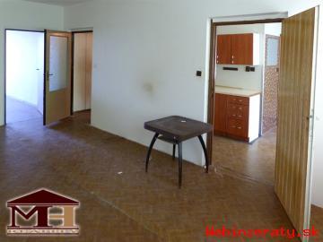 Predaj 2-izbový byt s balkónom V. Krtíš