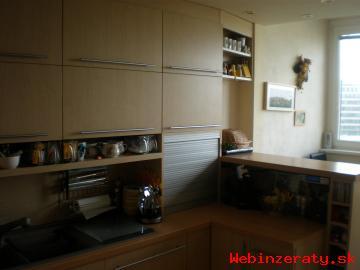 4-izb.  byt Pifflová ul. -Petržalka