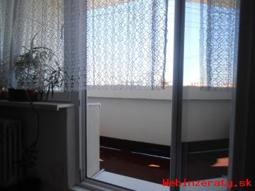 Slnečný 4izbový byt,dá sa prerobit na 3i