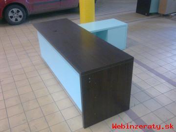 a57fc4a8213c Predám pracovný stôl v tvare L