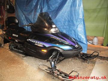 Inzercia auto-moto > Predám snežný skúter