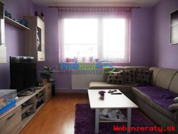 3-izb.  byt s garážou v obci Štôla