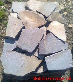 Predam prírodný štiepaný kameň andezit