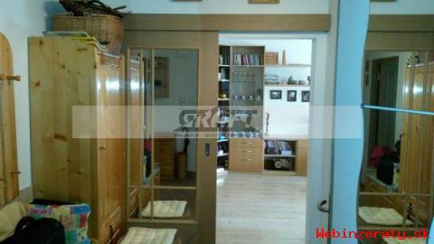 Veľmi pekný 3-izb.  byt vhodný pre rodin