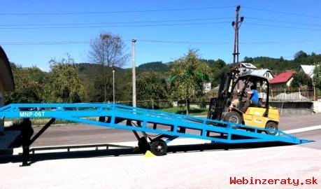 Nevyužitá mobilná nájazdová plošina -