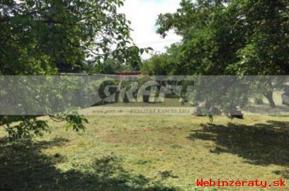 RK-GRAFT ponúka záhradu Mokráň Záhon