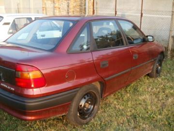 Predám Opel Astra F