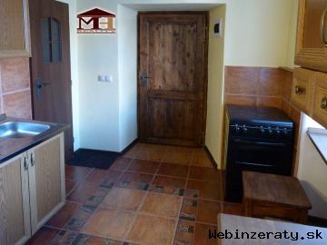 Veľmi pekný 2- izbový  byt Štiavnické Ba