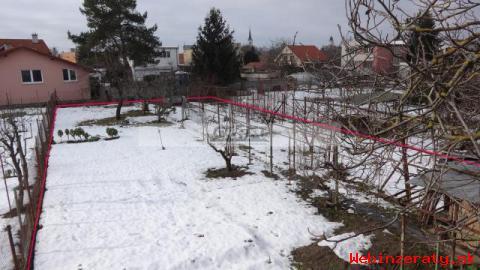 RK-GRAFT ponúka pozemok so starším RD Km