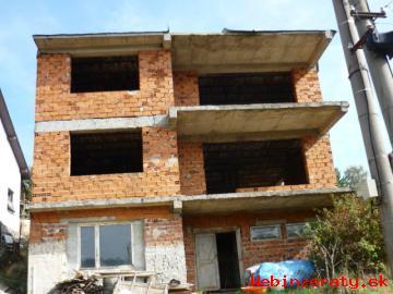 RD Bukovec, hrubá stavba, bazén