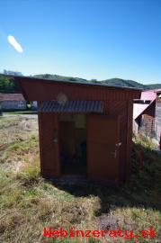 pozemok v obci Močiar