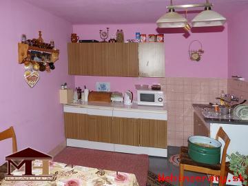 Predaj rodinný dom BZOVÍK