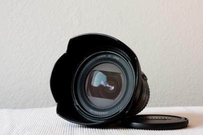Predam Canon EF 20-35mm f3. 5-4. 5 USM