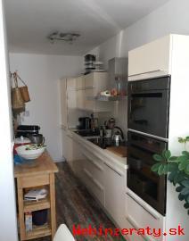 RK-GRAFT ponúka 3-izb.  byt Kvetná ul. -