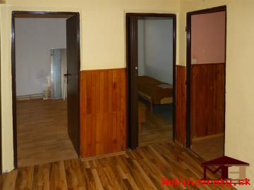 Predaj 4 izbový byt 13km od Zvolena - Du