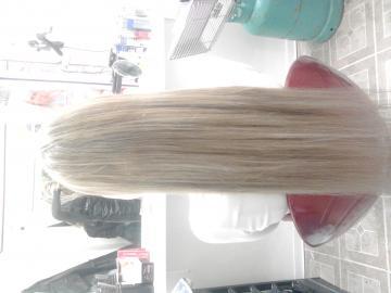 Predlzovanie vlasov 220 eur
