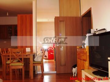 3-izb.  byt.  Jaskový rad - Nové Mesto