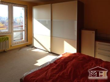 Predaj 3- izbový  s balkónom Krupina