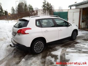 Predám SUV Peugeot 2008, benzin, automat