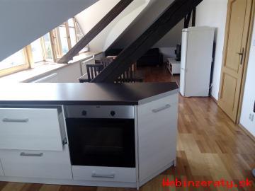 Krásny zrekonštruovaný a zariadený byt