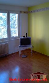 Predaj veľký 1-izbový byt KRUPINA so zar