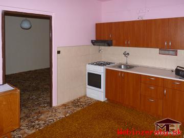Prenájom priestranný 1-izbový byt Krupin