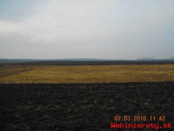 Nabízímke k prodeji pozemky - ornou půdu