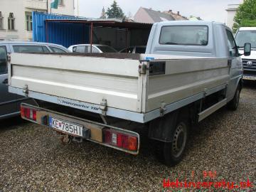 VolkswagenTransporter 2,5TDi