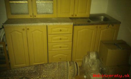 Kuchynská linka nová  - farba svetlý jas