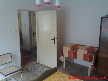 Predám 2 izbový byt v obci Utekáč