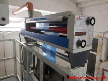 Stroj na výrobu fóli