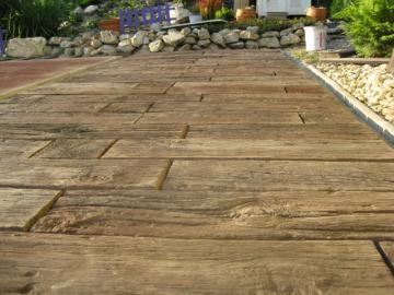 Zámková dlažba imitácia dreva