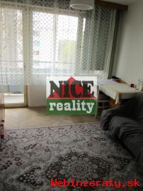 Nadrozmerný 4 izbový byt v centre Lučenc