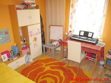 Predám 3 izb.  byt s balkónom, Mier, SNV