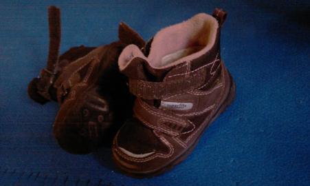 Goretexové topánky + dievčenské gumáky v