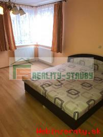 PRENÁJOM- 2-izbový byt TRSTENÁ